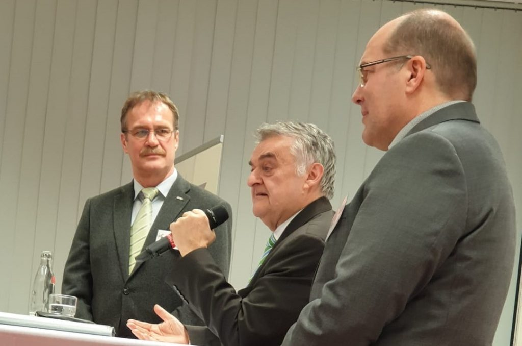 Herr Reul spricht in der Mitgliederversammlung der GdP LKA NRW