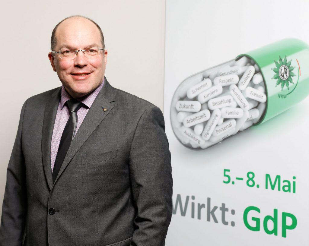 Jörg König, Tarifexperte im LKA